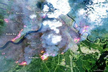 Wildfire Spreads in Ft. McMurray Canada_NASA Landsat Photo